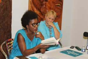 Odette Casamayor y Ena Columbié en Galindo Art Studio (Foto: Ernesto G.)